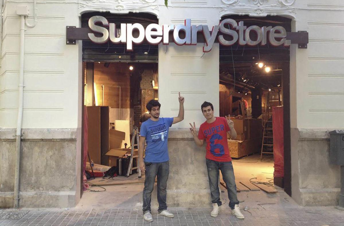Cómo monté mi segunda empresa. Una tienda de ropa en franquicia de la marca Superdry